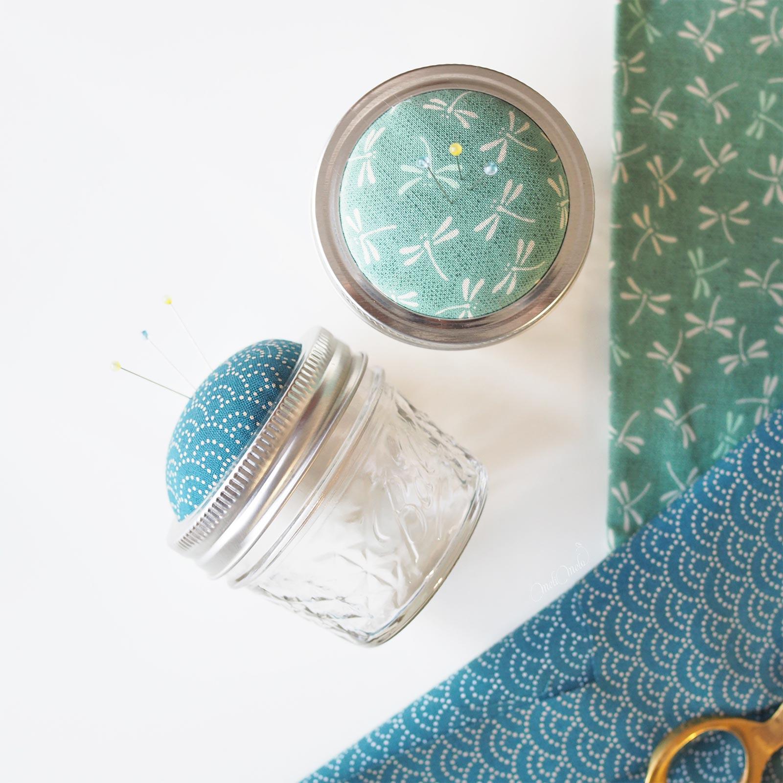 pique-aiguilles tissu japonais verveine indigo ball mason jar Boutique MeliMelo