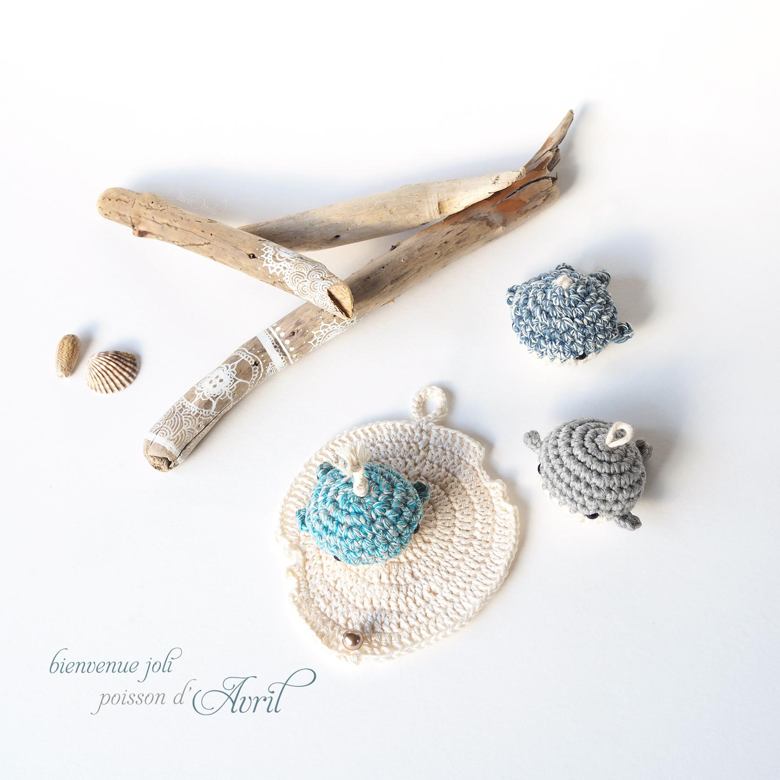 poisson d'avril crochet mini-baleines trio coquillage Swarovski pearl laboutiquedemelimelo