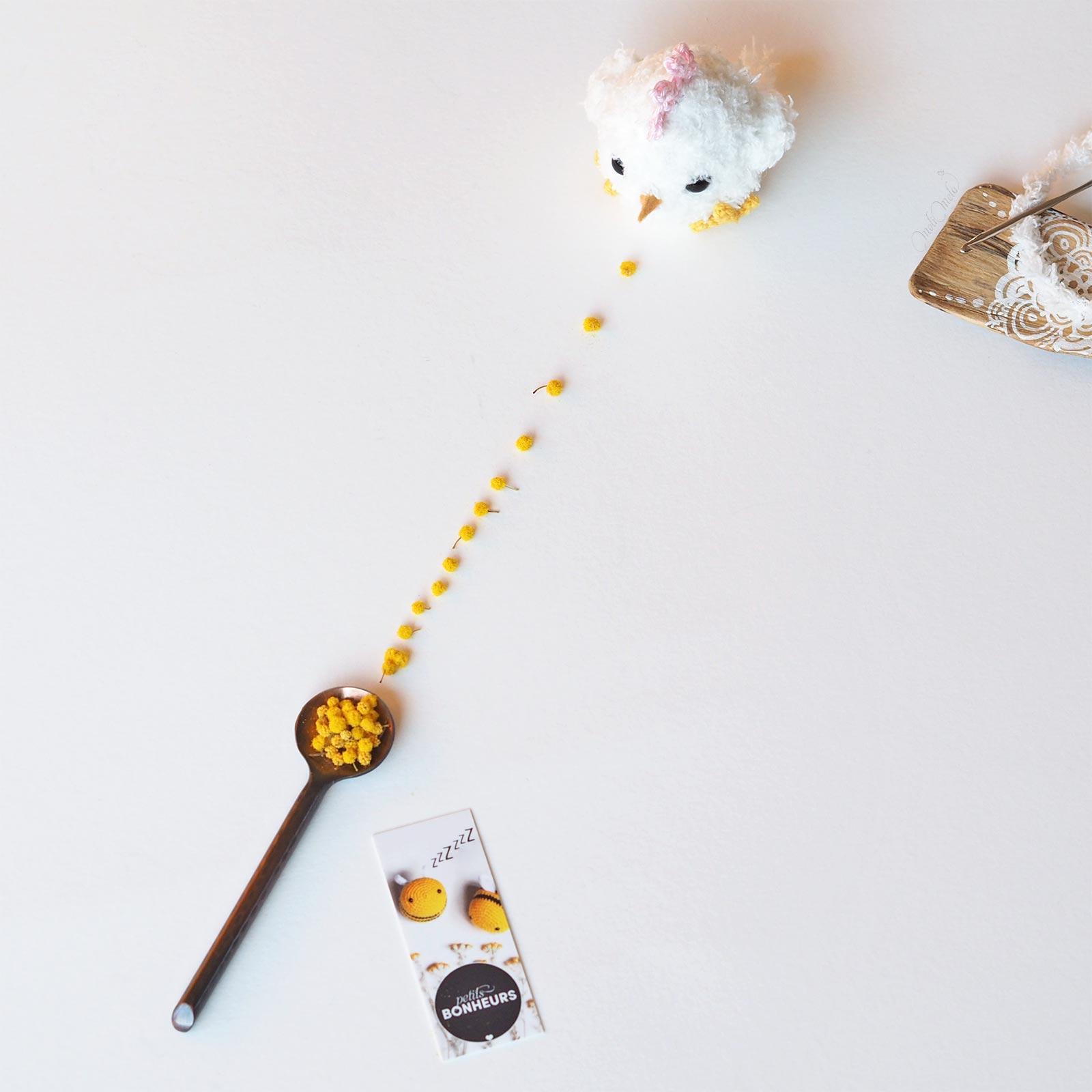 poussin rondouillet crochet petits bonheurs moocards mimosa pâques laboutiquedemelimelo