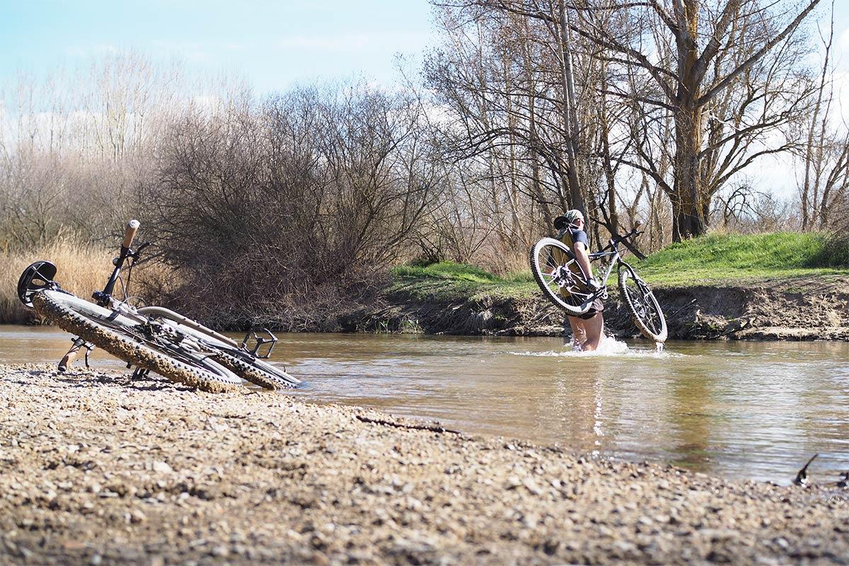 primavera marzo rio adaja bike spring Valladolid Medina del Campo en bici yoniquenews