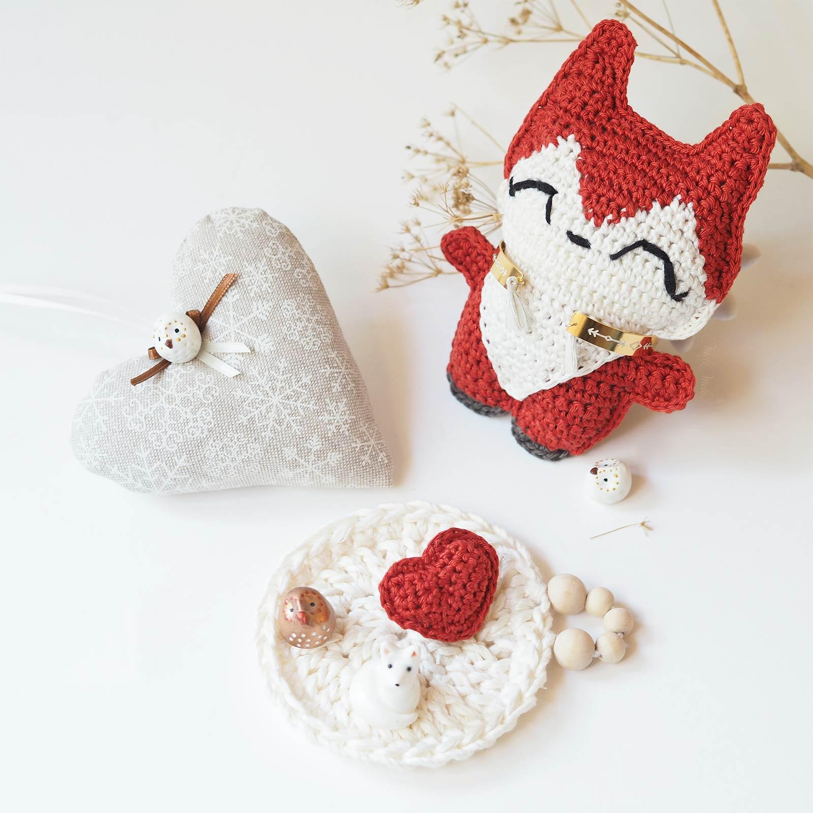 renard roux coeur crochet amulette poche laboutiquedemelimelo