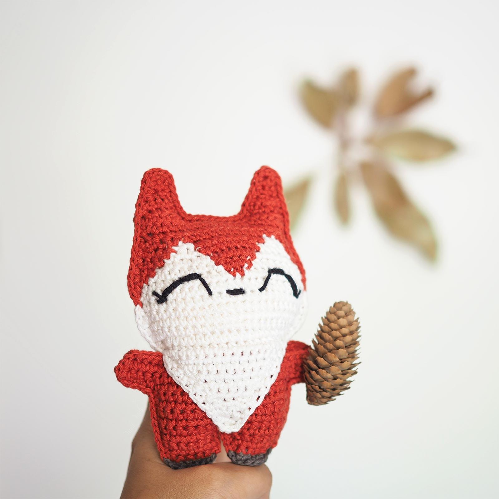 renard roux crochet amulette de poche laboutiquedemelimelo