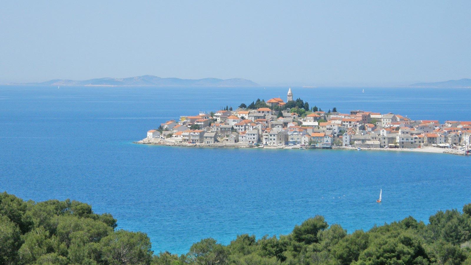 roadtrip-croatia-primosten-island-yoniquenews