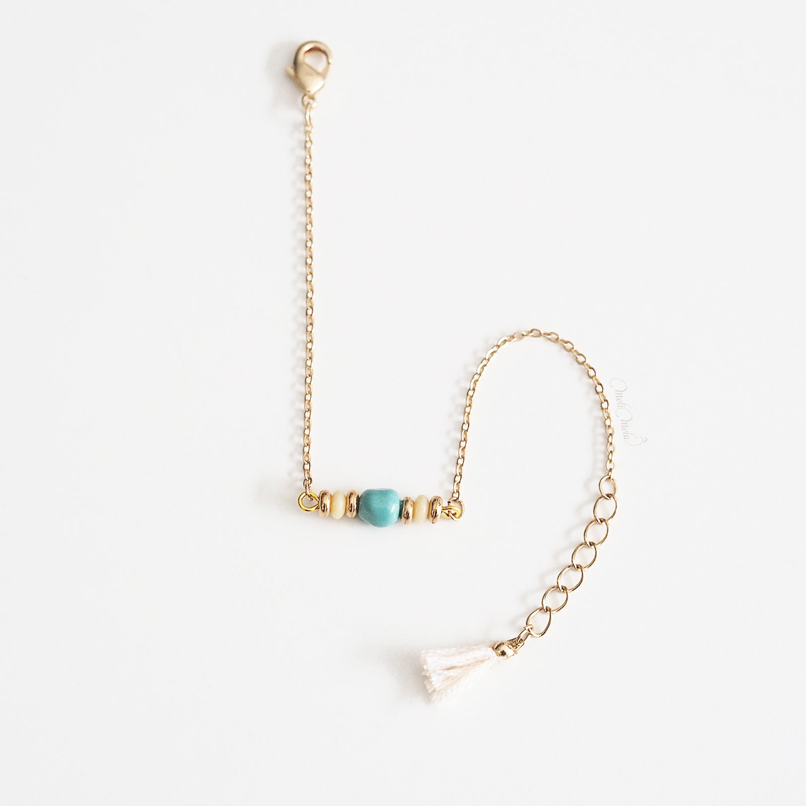 bracelet pompon Swarovski nacrée turquoise doré Shakuyaku doré laboutiquedemelimelo