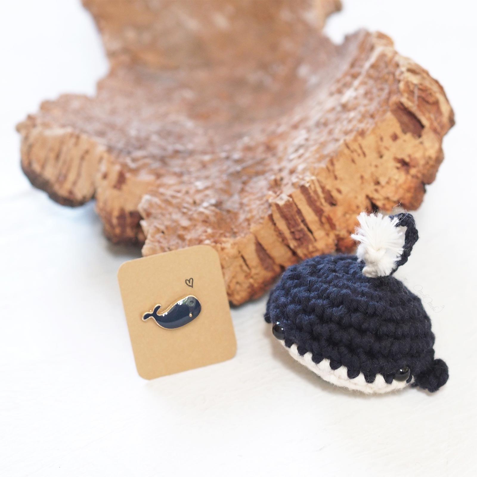 mini baleine crochet pins snail mail Elise teaforyoubijoux
