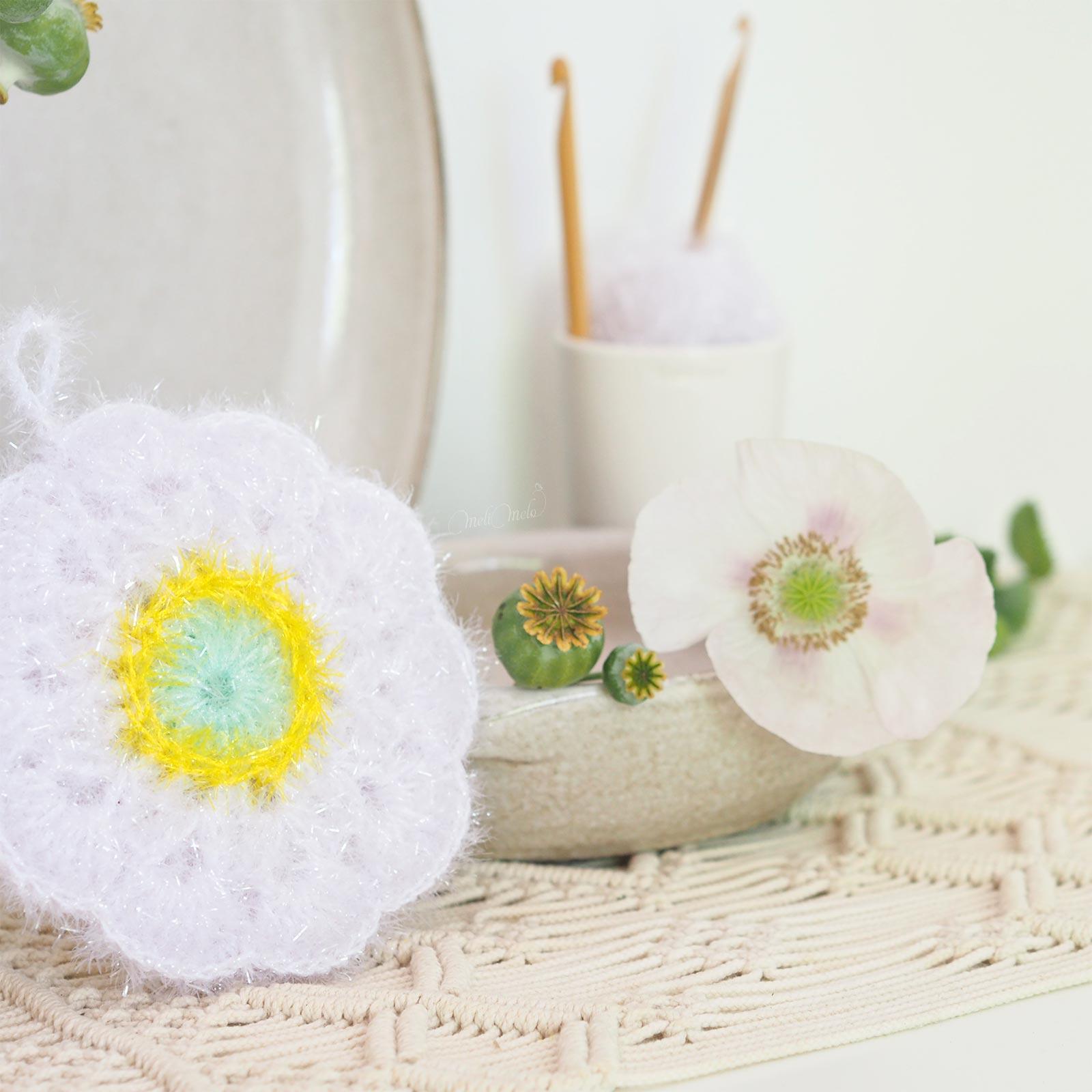 tawashi éponge durable fleur pavot crochet creative bubble upcycling laboutiquedemelimelo