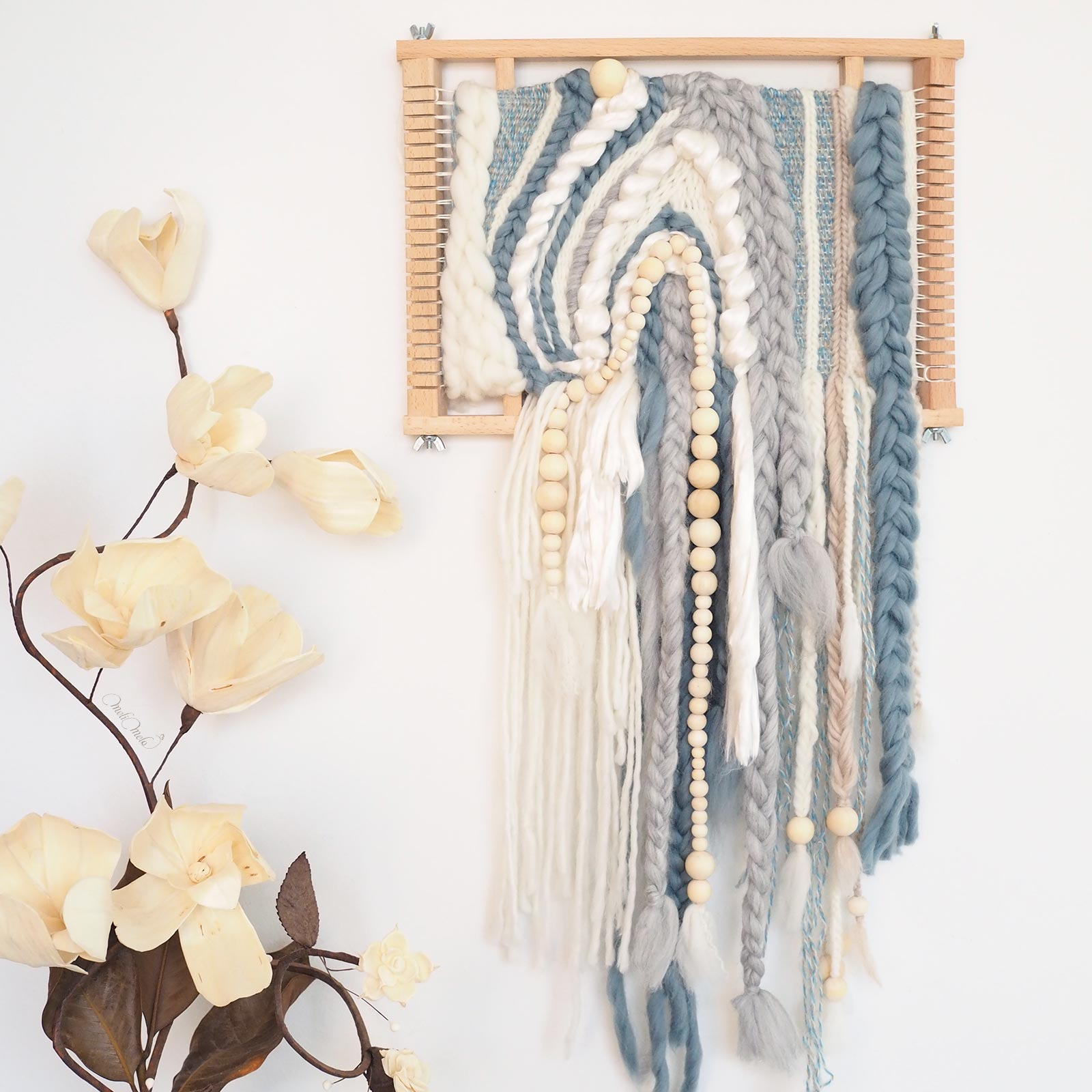 tissage handweaving side weaving loom laine bleu ondes perles bois wool merino laboutiquedemelimelo
