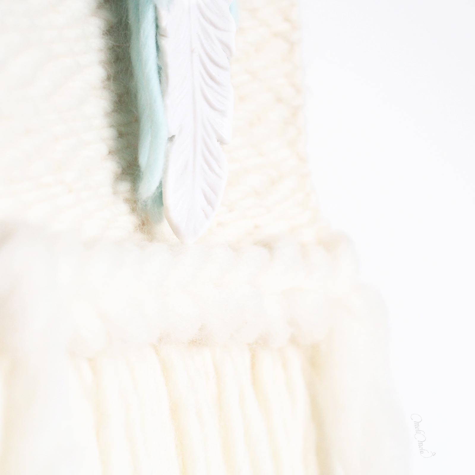 tissage mural laine détail plume porcelaine feather laboutiquedemelimelo
