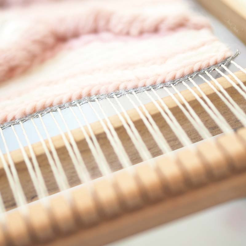 tissage laine Sweetpoom on the loom Funem Studio handweaving wall hanging laboutiquedemelimelo